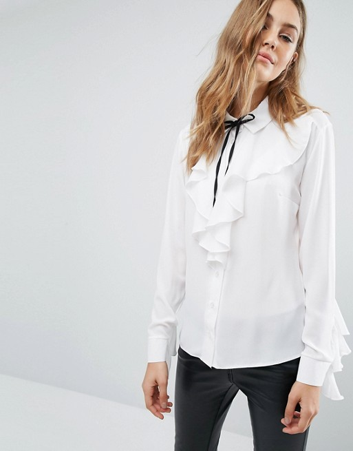 Year Round Wardrobe Essentials - Not so Basic White Tops. Not so Basic, Basic: White Tops, River Island, Asos, Next, Vila, Frills, Ruffles, Michelle Keegan, Emergingstyles, Irish Blogger, Savida, Dunnes, Iclothing
